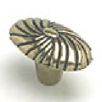 Berenson, 2906-102-P, Cabinet Knob, Atlantis, Antique English Finish